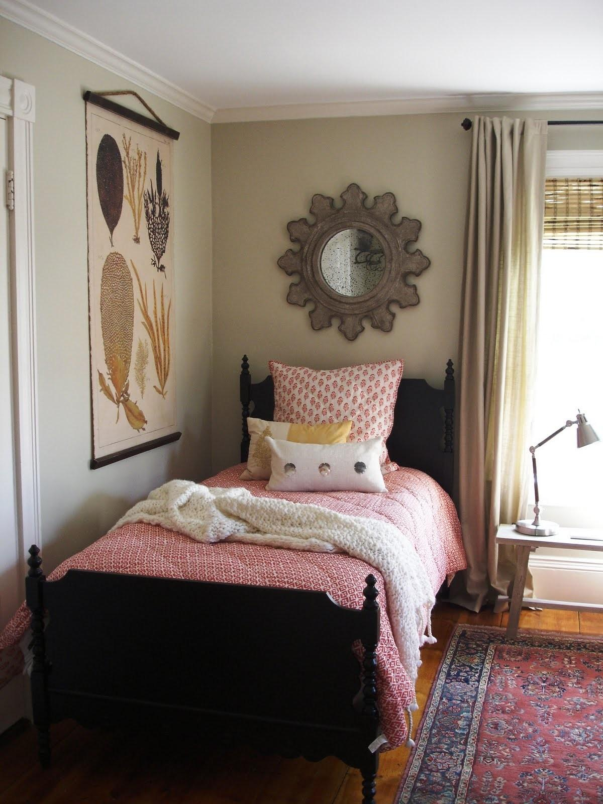 Guest Room Ideas Comfortable Small Spaces Designing