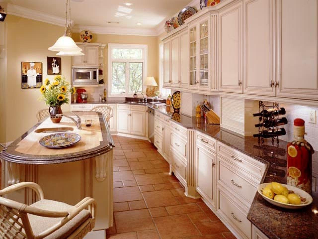 Guide Creating Traditional Kitchen