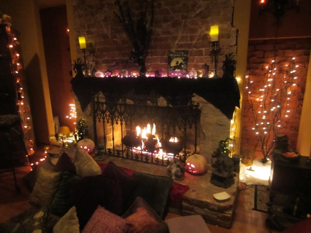 Classy Halloween Themed Bedroom Design Ideas That fer