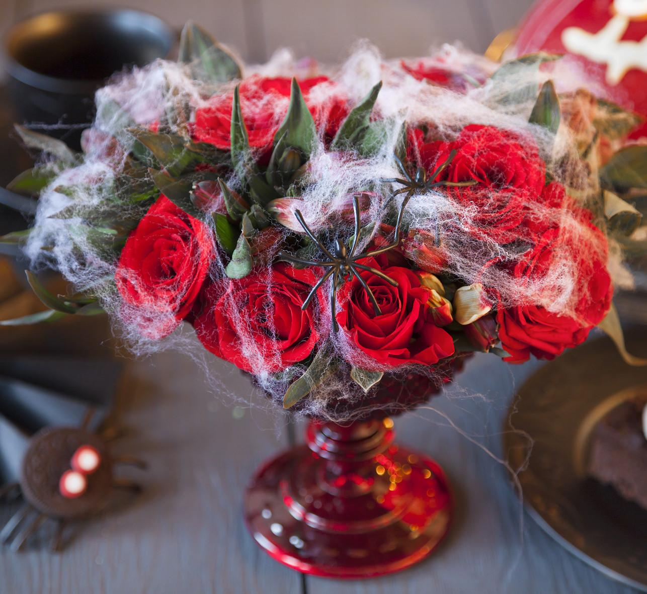 Halloween Table Decorations Your Family Love