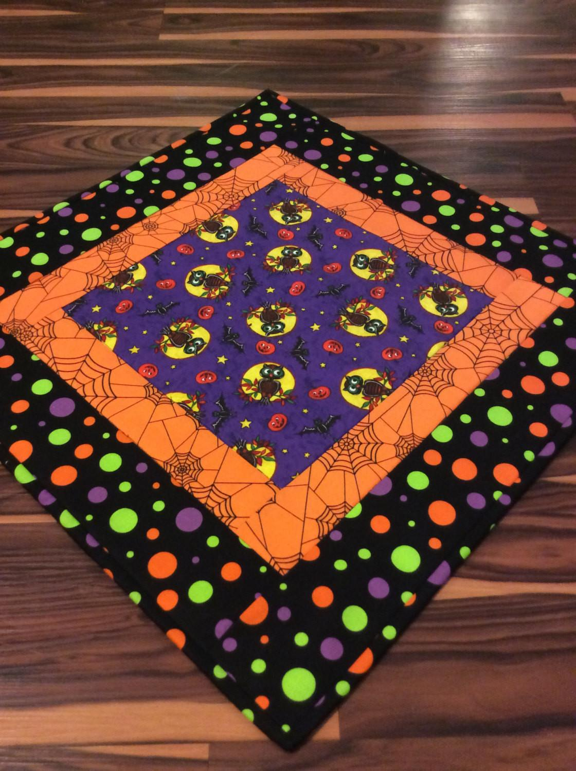 Halloween Table Topper Novelty Spooky Owls Spider Webs