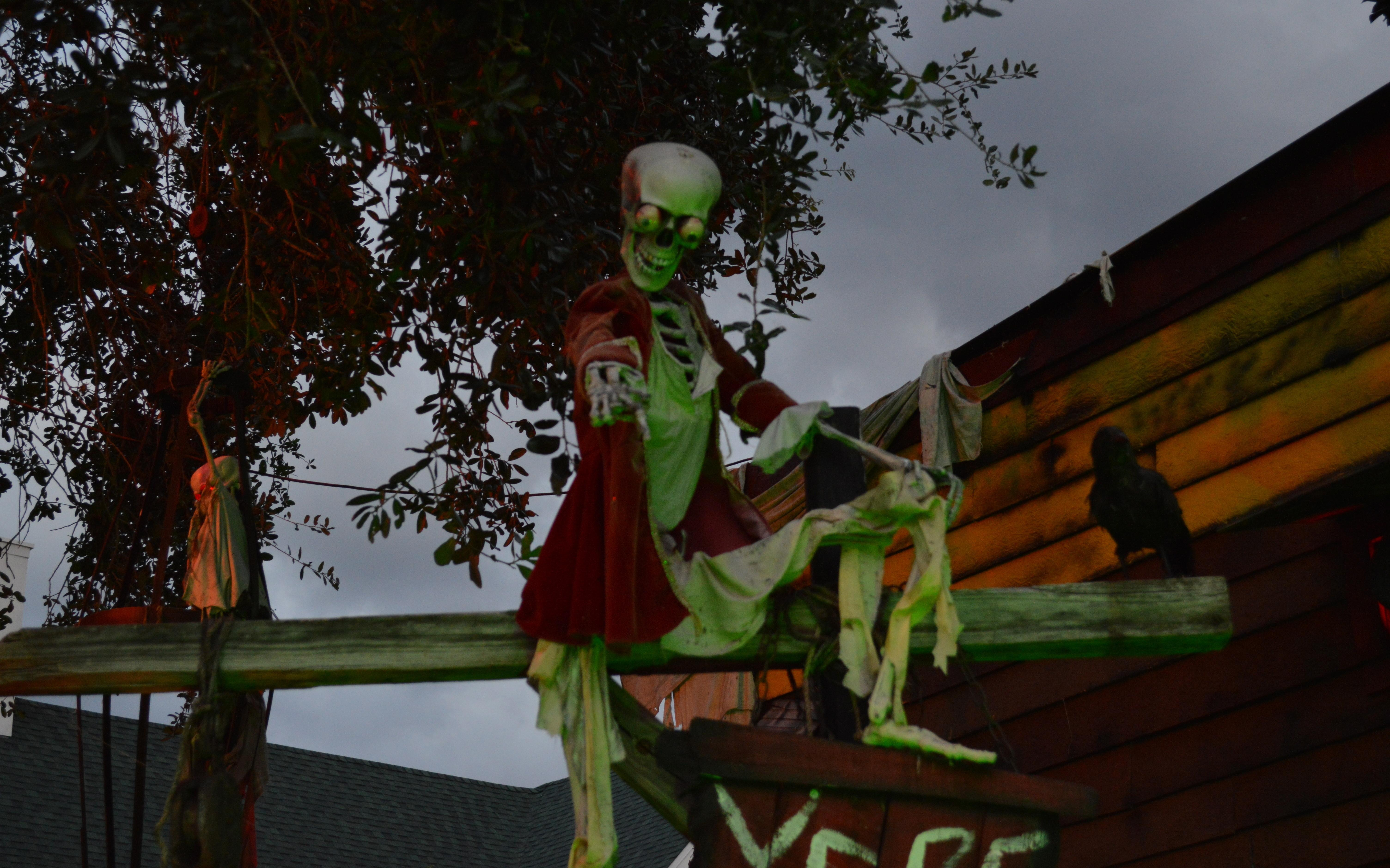Halloween Yard Decorations Cheap Benh Daday