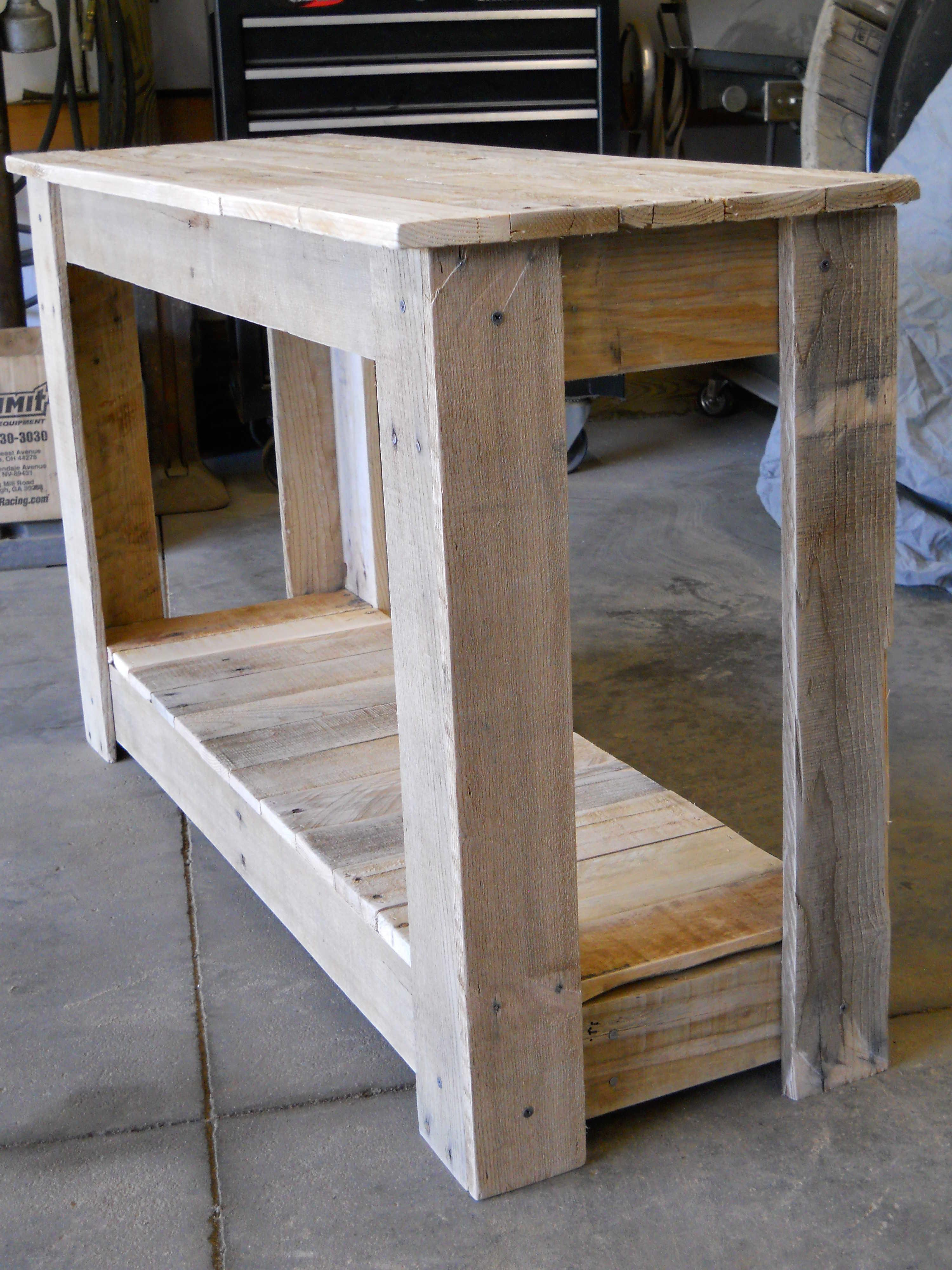 Hallway Pallet Table 1001 Pallets
