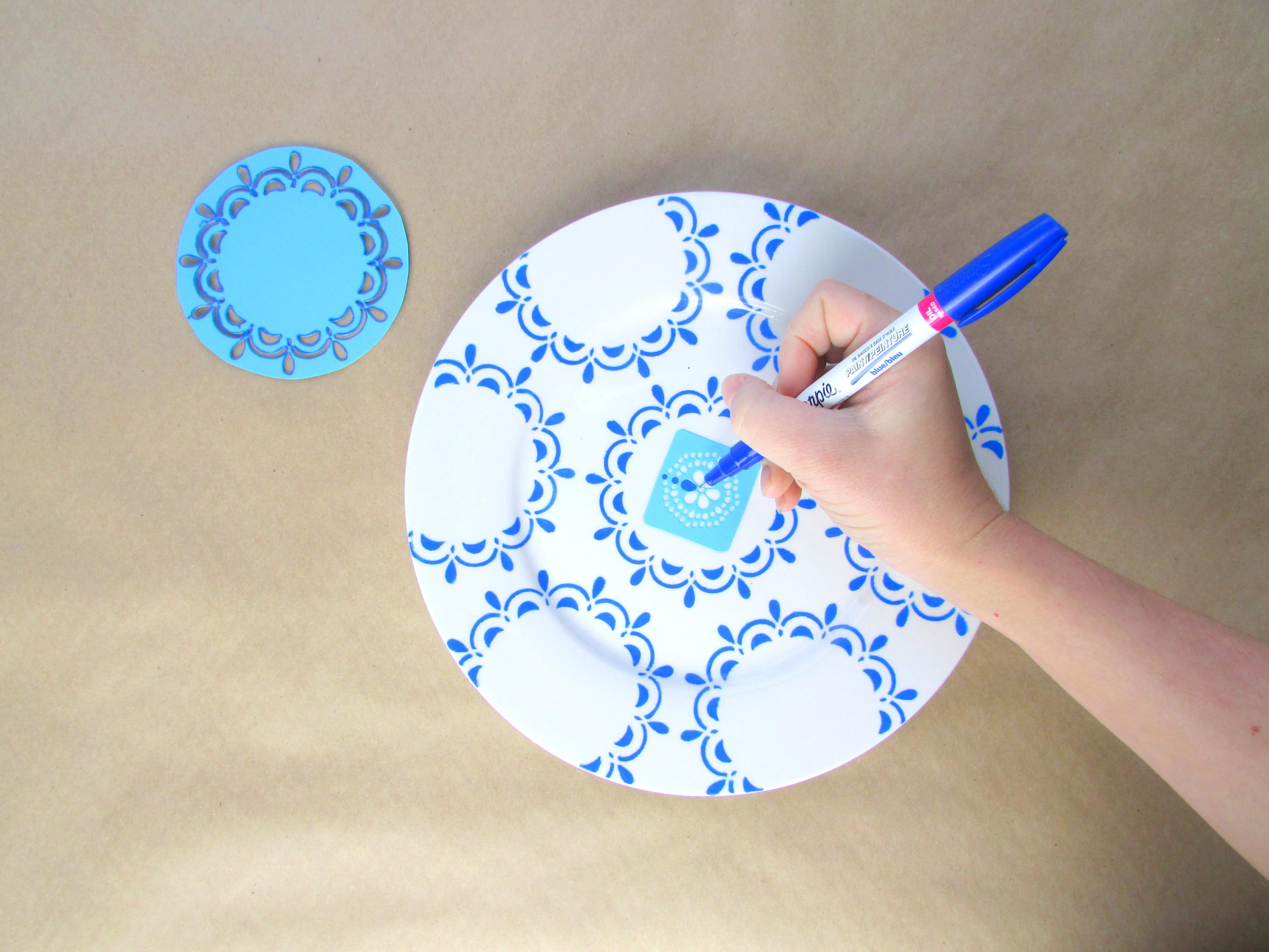 Hand Painted Blue White Plates Housebeautiful