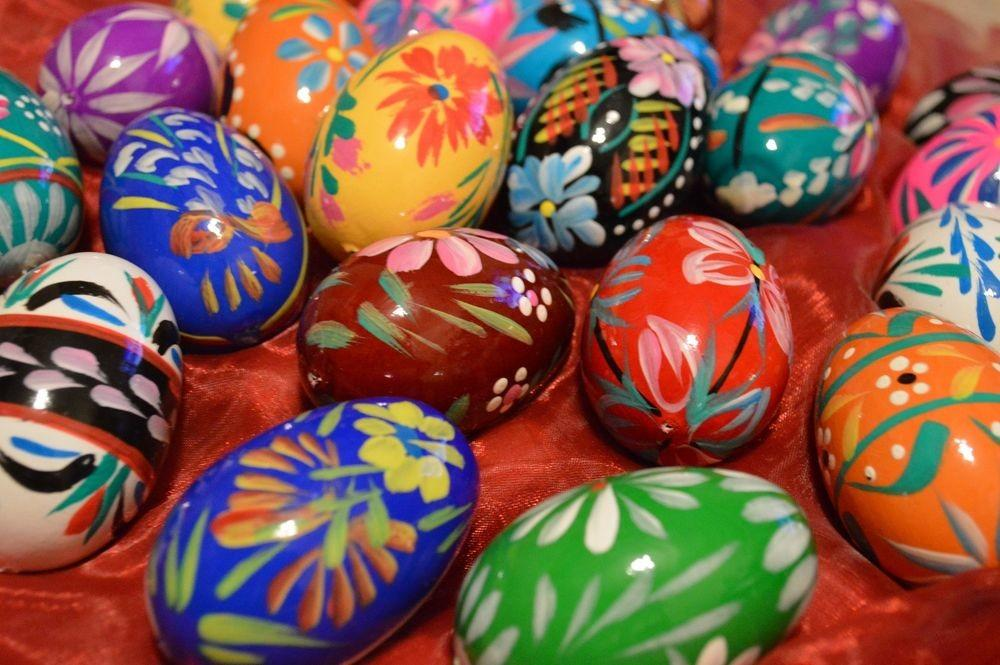 Hand Painted Wooden Easter Eggs Egg Decorations Gift Set