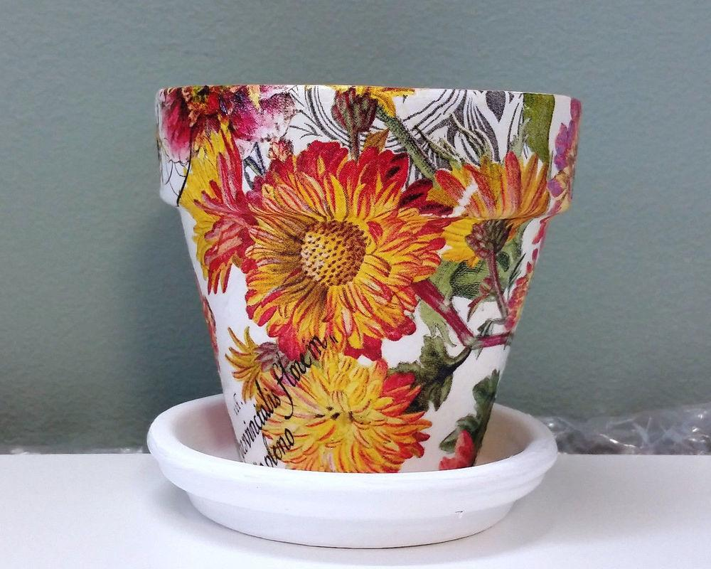 Handmade Decoupage Terra Cotta Clay Flower Pot Spring