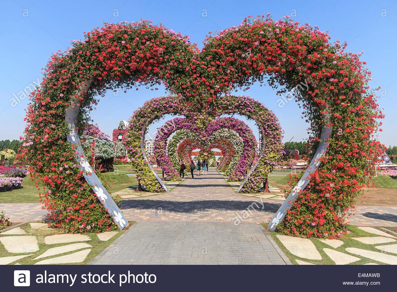 Heart Shaped Arches Covered Flowers Dubai Miracle