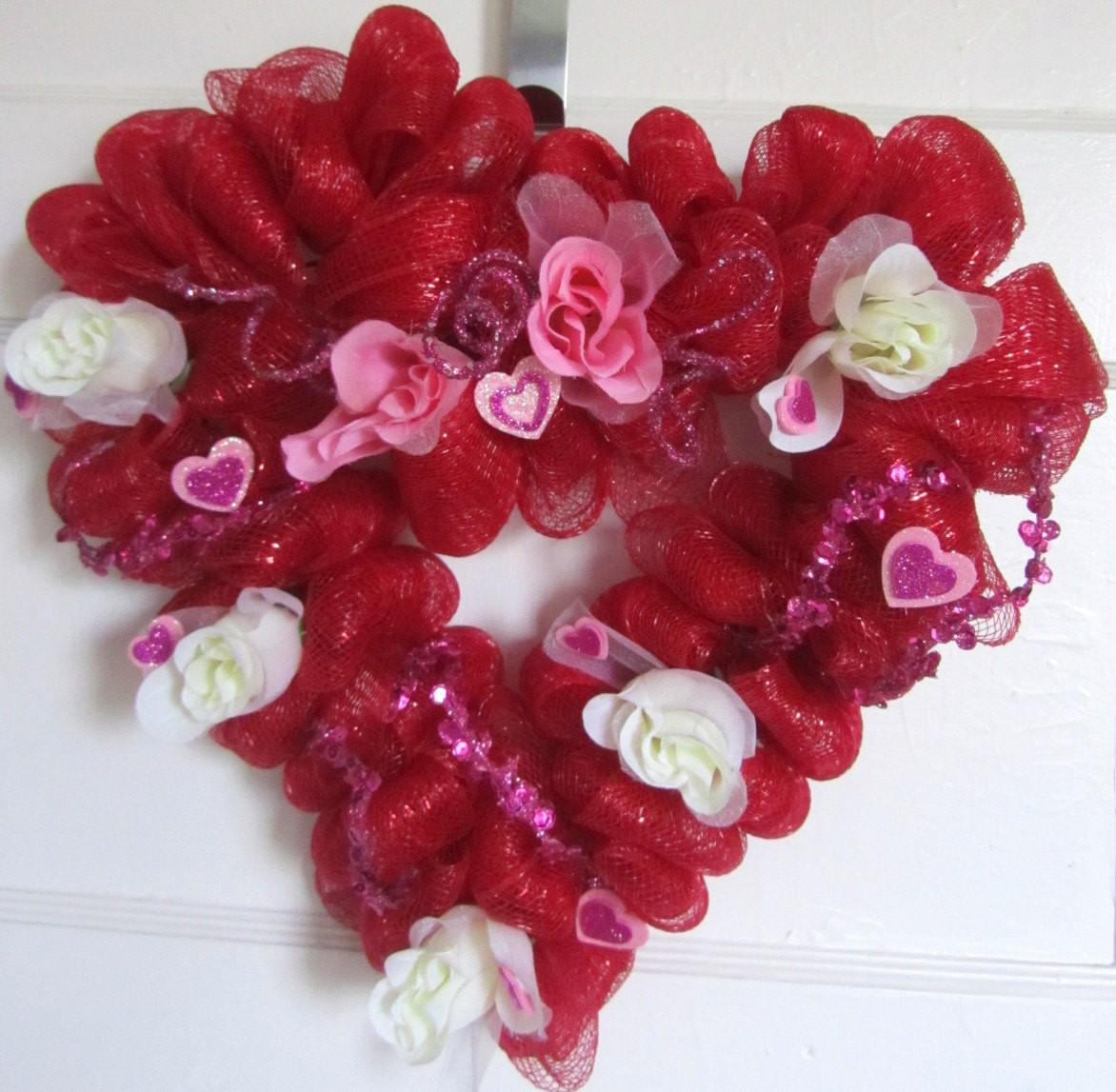 Heart Shaped Valentines Day Mesh Wreath