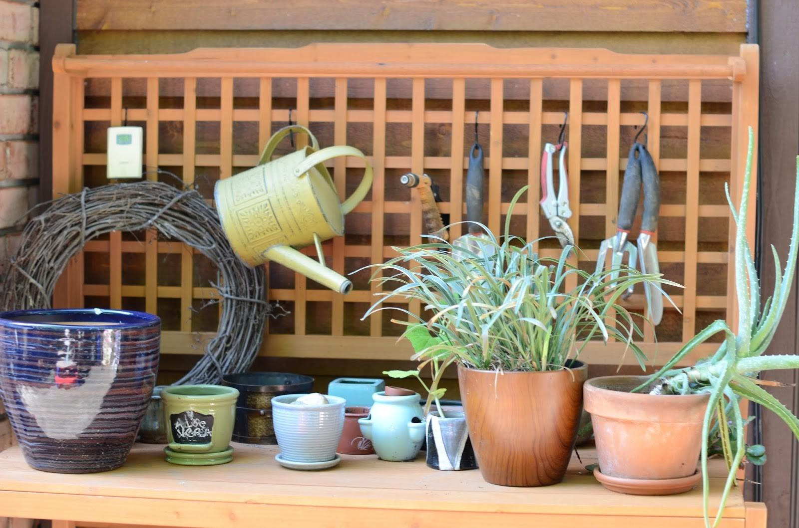 Hearth Yours Foldable Potting Station Awesomeness