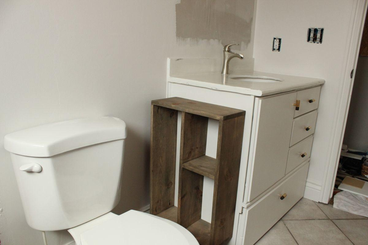 Hide Unsightly Toilet Items Diy Side Vanity