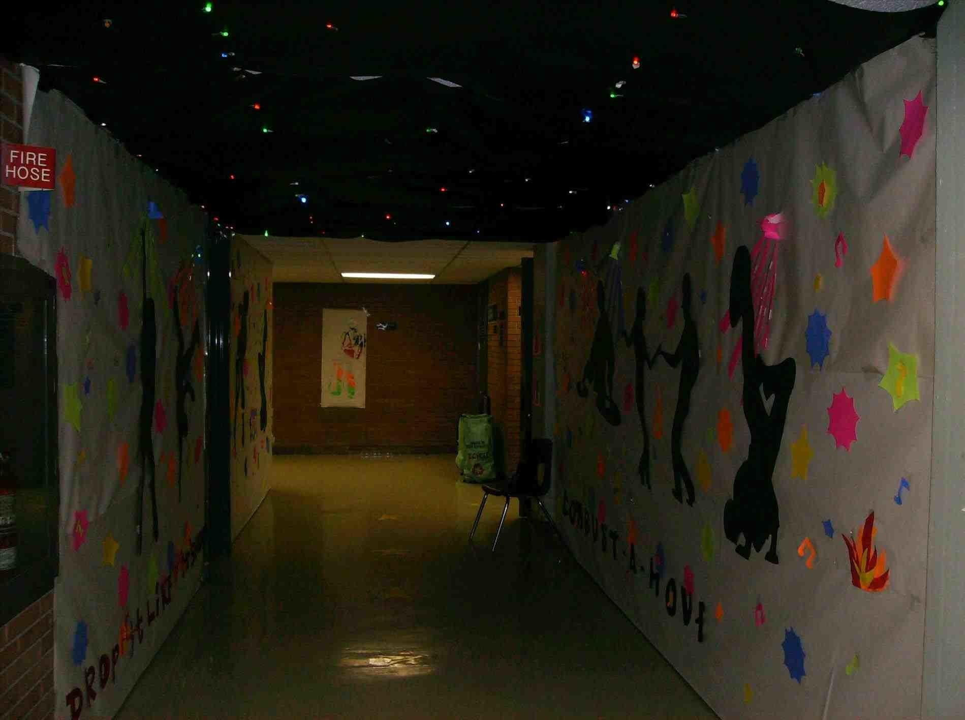 High Decorating Contest School Hallway Decor Place