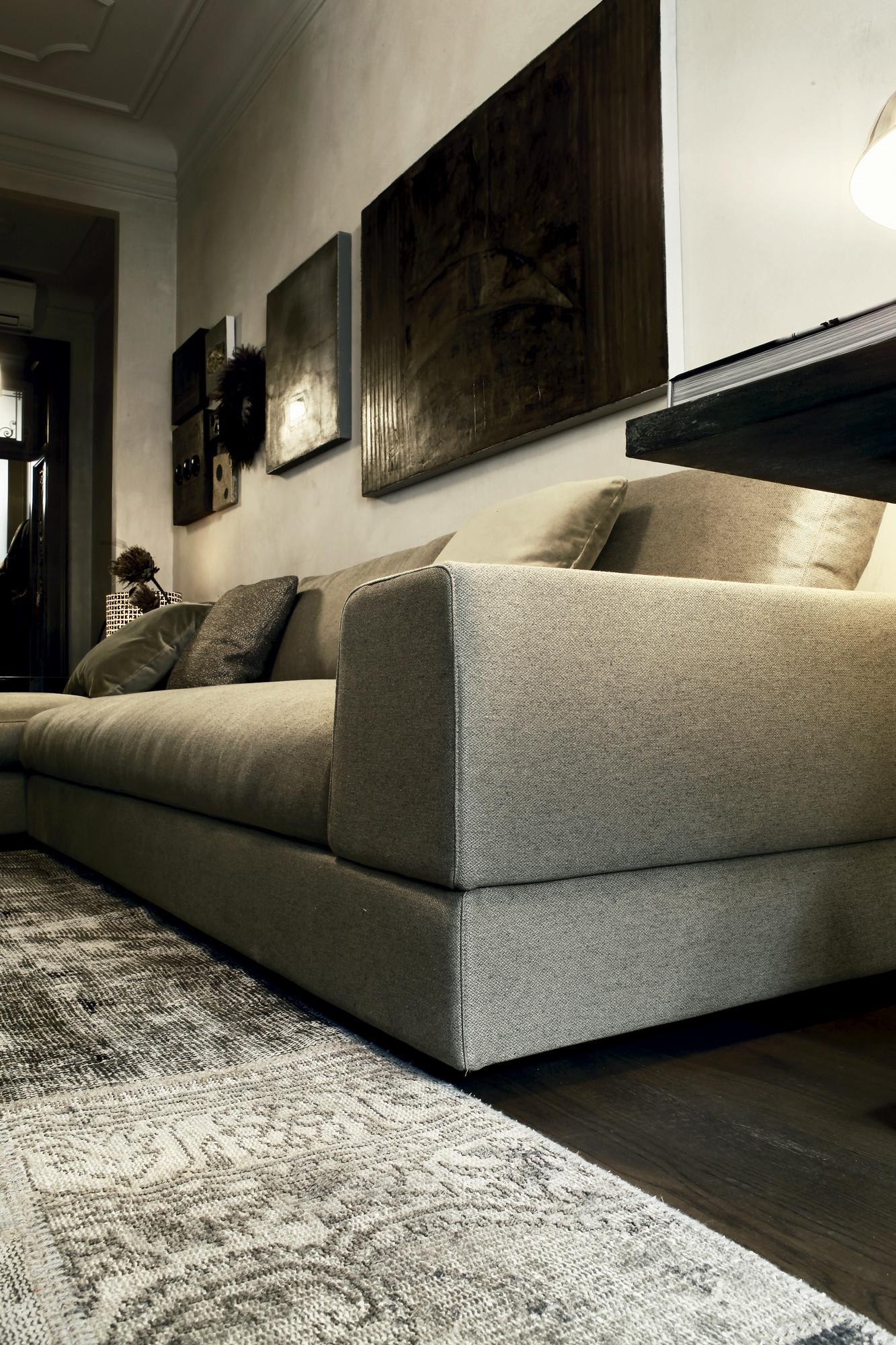 High End Contemporary Plat Sectional Italian Designer