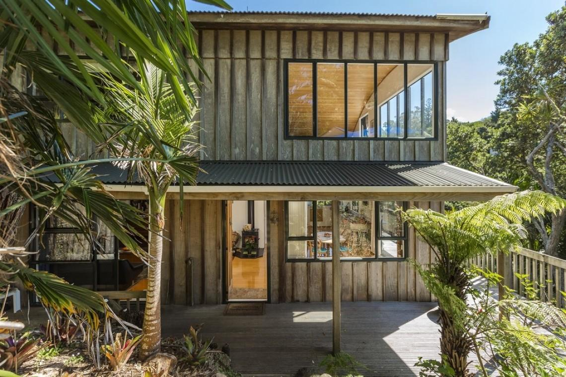 Hill Road Palm Beach Auckland Boulgaris Realty
