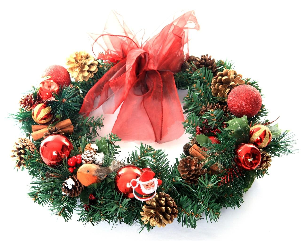 Holly Ivy Christmas Wreath Limerick Flower Delivery