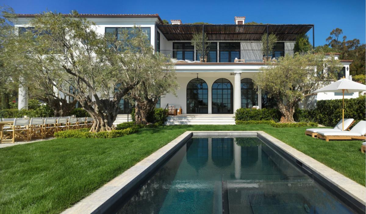 Hollywood Producers Remodel President Reagan Mid Century