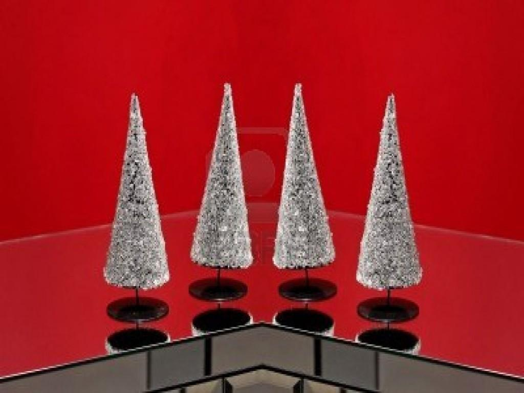 Home Element Table Top Christmas Trees Four Small