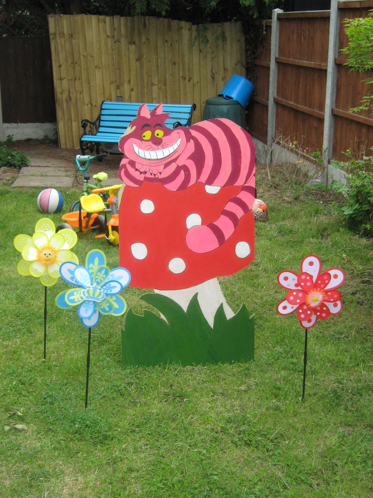Home Party Ideas Alice Wonderland Decorations