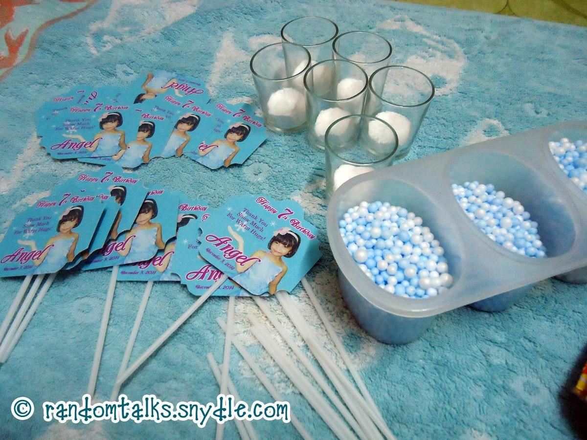 Homemade Frozen Birthday Party Decorations