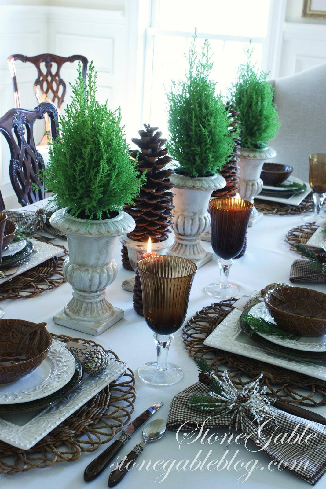 Homespun Christmas Linky Party Recipes Tablescapes