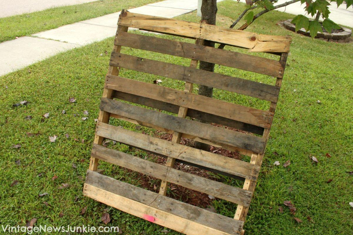 Hometalk Diy Wood Pallet Mini Picket Fence