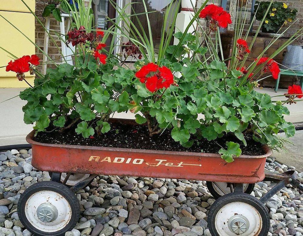 Hometalk Vintage Wagon Garden Planter Fall Ideas