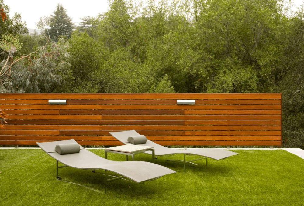 Horizontal Wood Fence Can Impact Landscape