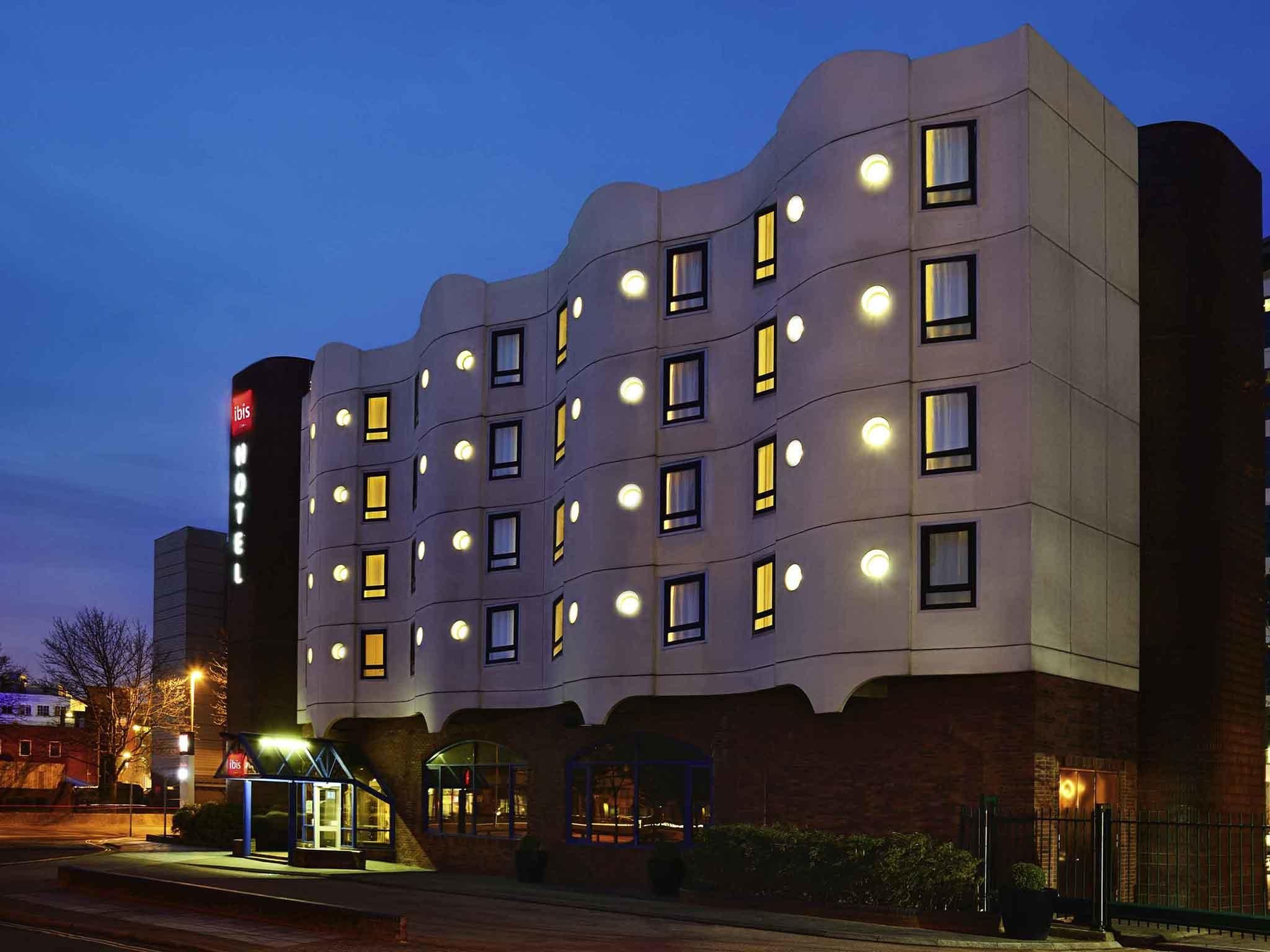Ibis Portsmouth Centre Comfortable Hotel