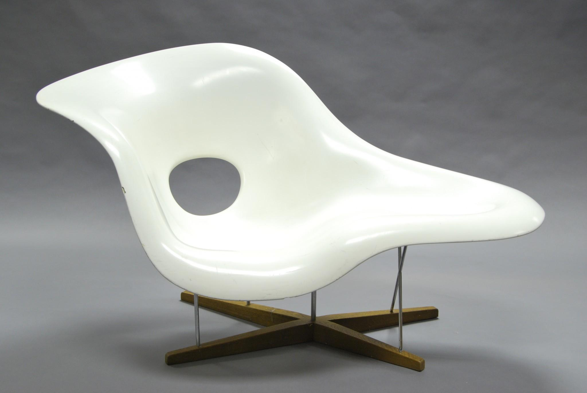 Iconic Modern Design Furniture Under Hammer