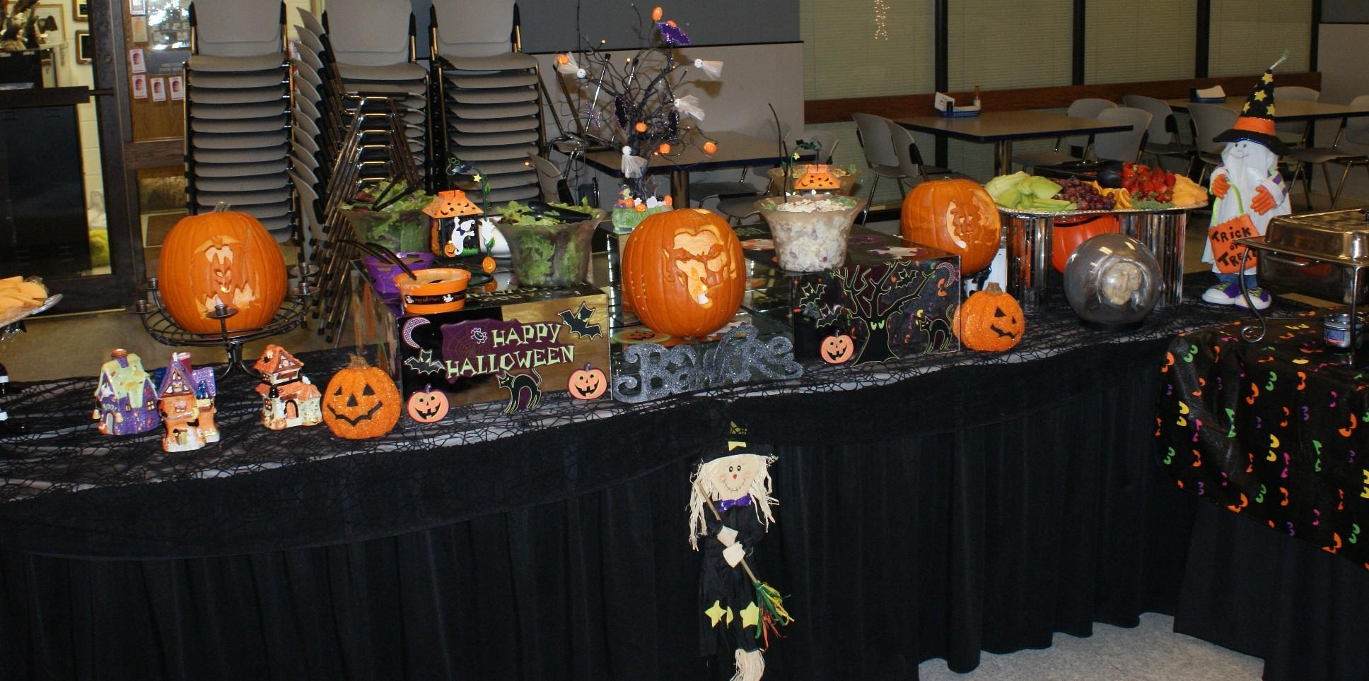 Ideas Halloween Table Decorations