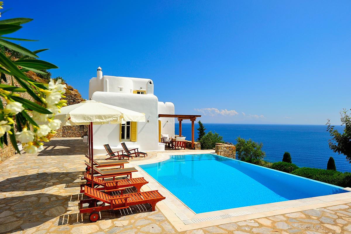 Ilios Luxury Retreats