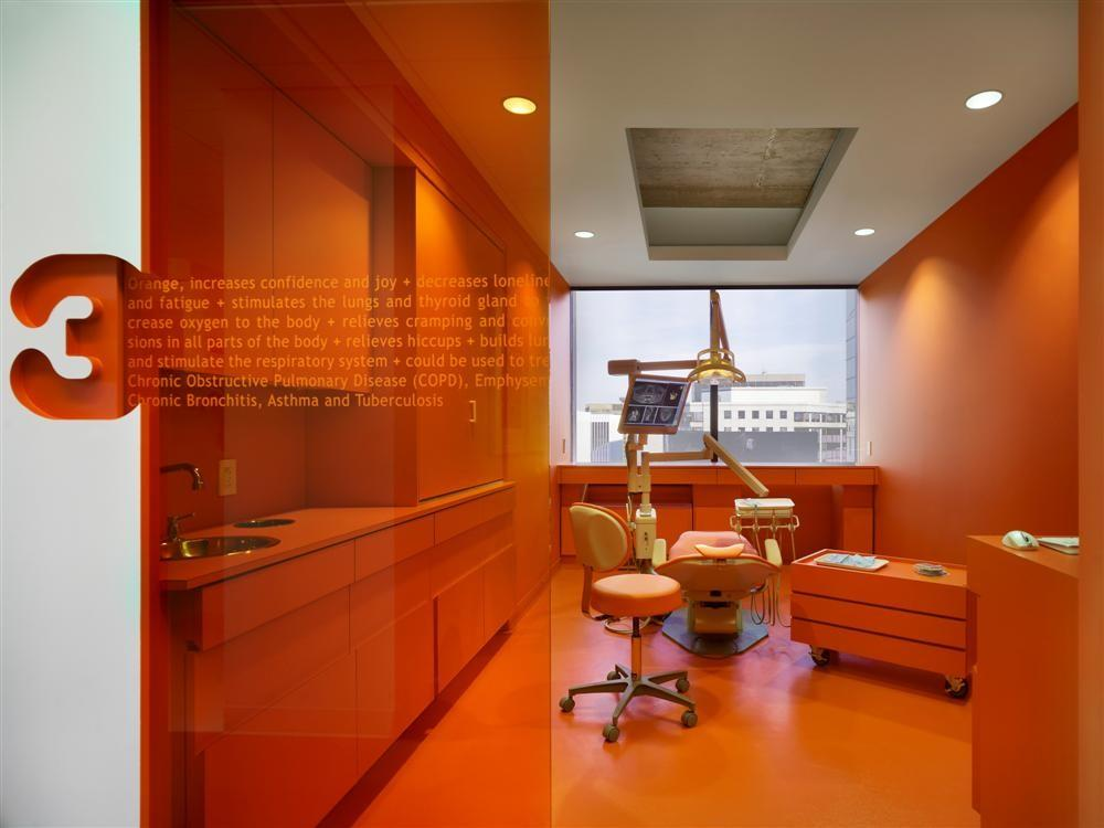 Implantlogyca Dental Office Interiors Antonio Sofan