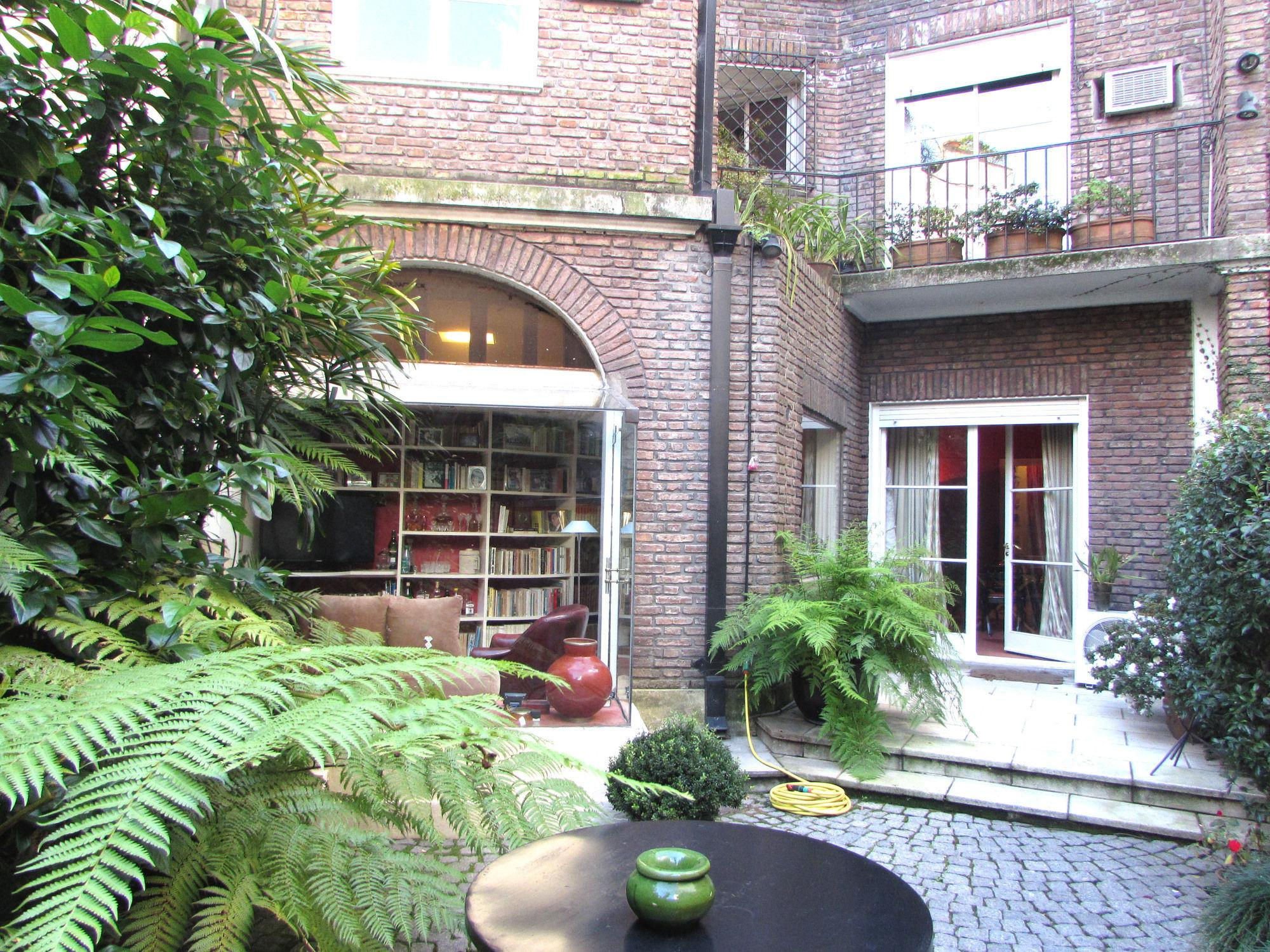 Important 318m2 Stylish Residence Buenos Aires