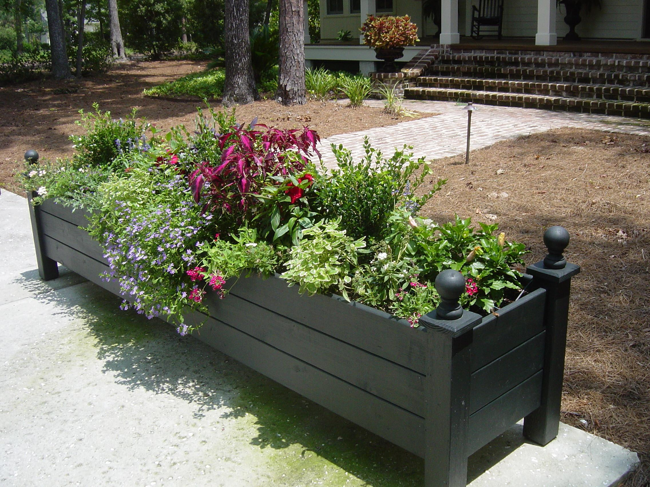 Impressive Deck Planter Ideas Very Large Boxes