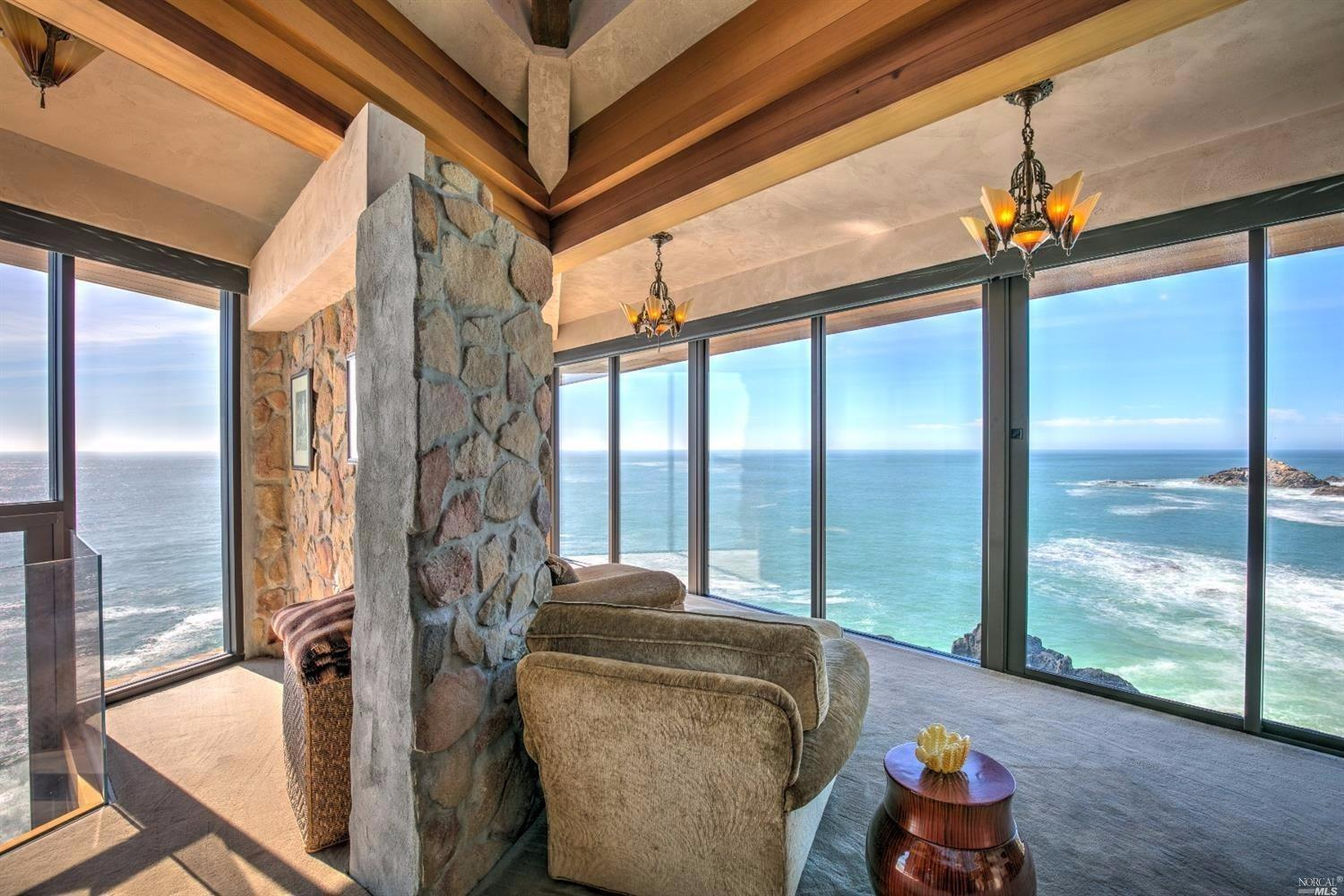 Incredible House Cliff Pacific Ocean Asks