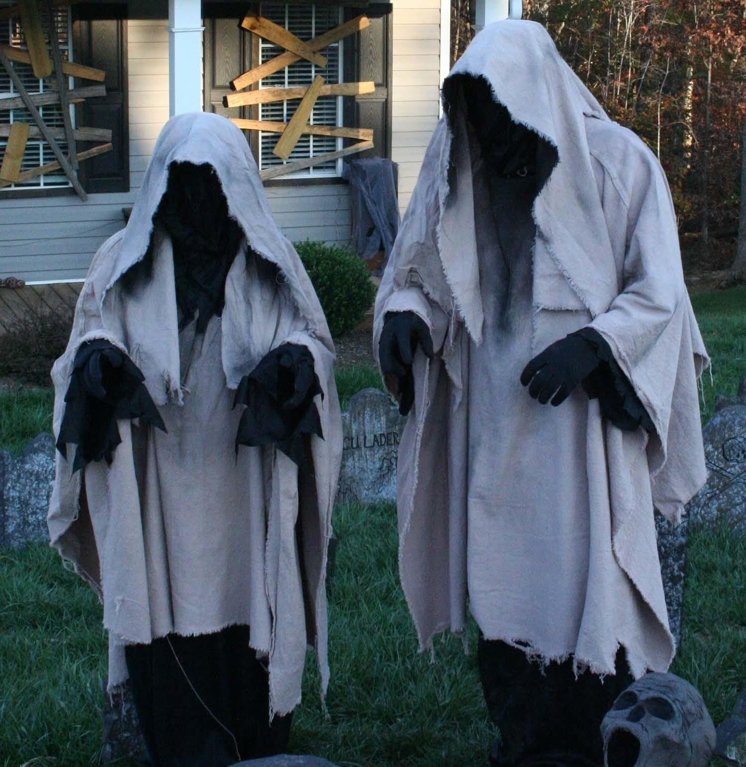 Incredibly Creepy Outdoor Decorating Ideas Halloween