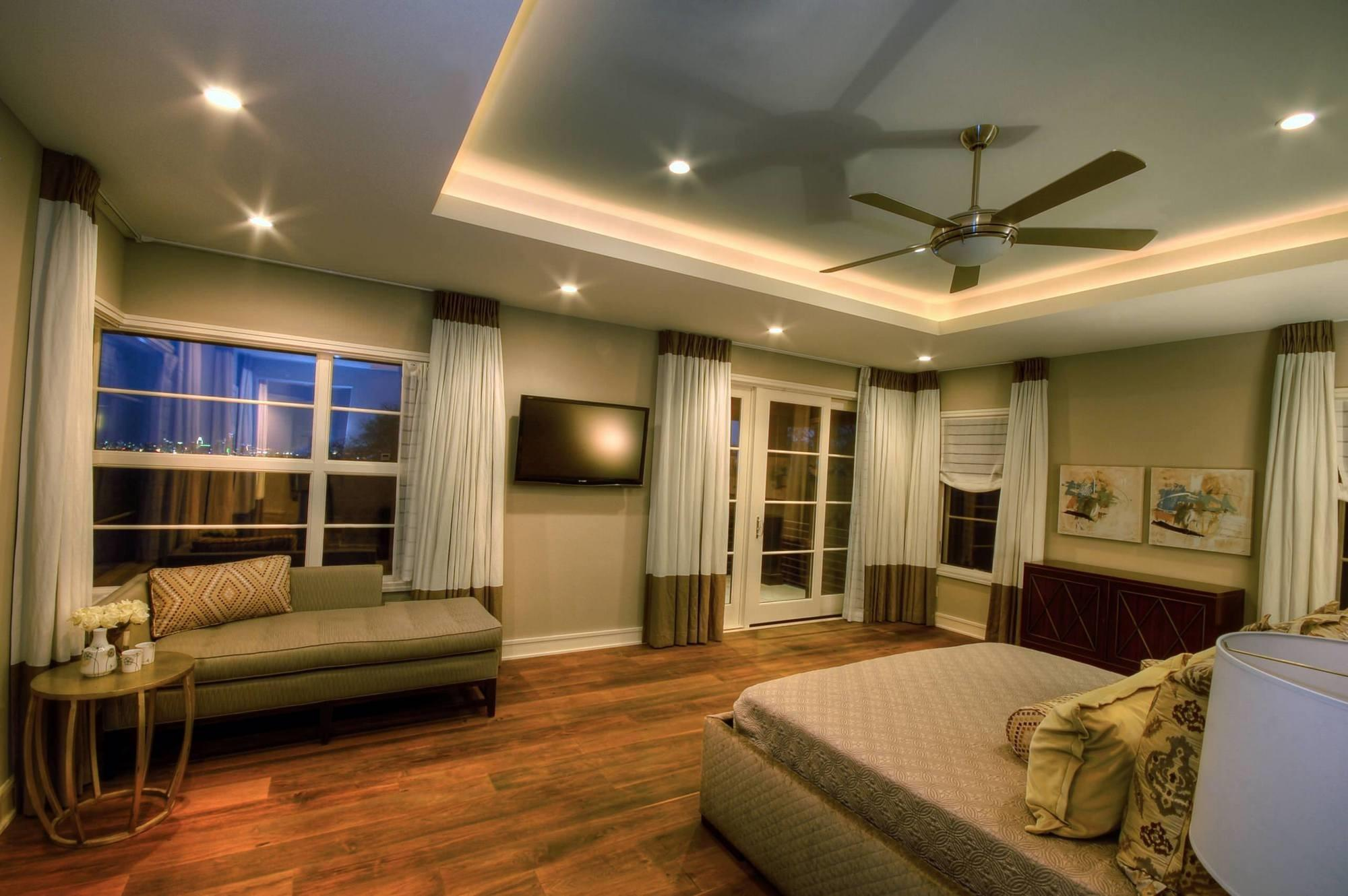 Indirect Lighting Around Tray Ceiling