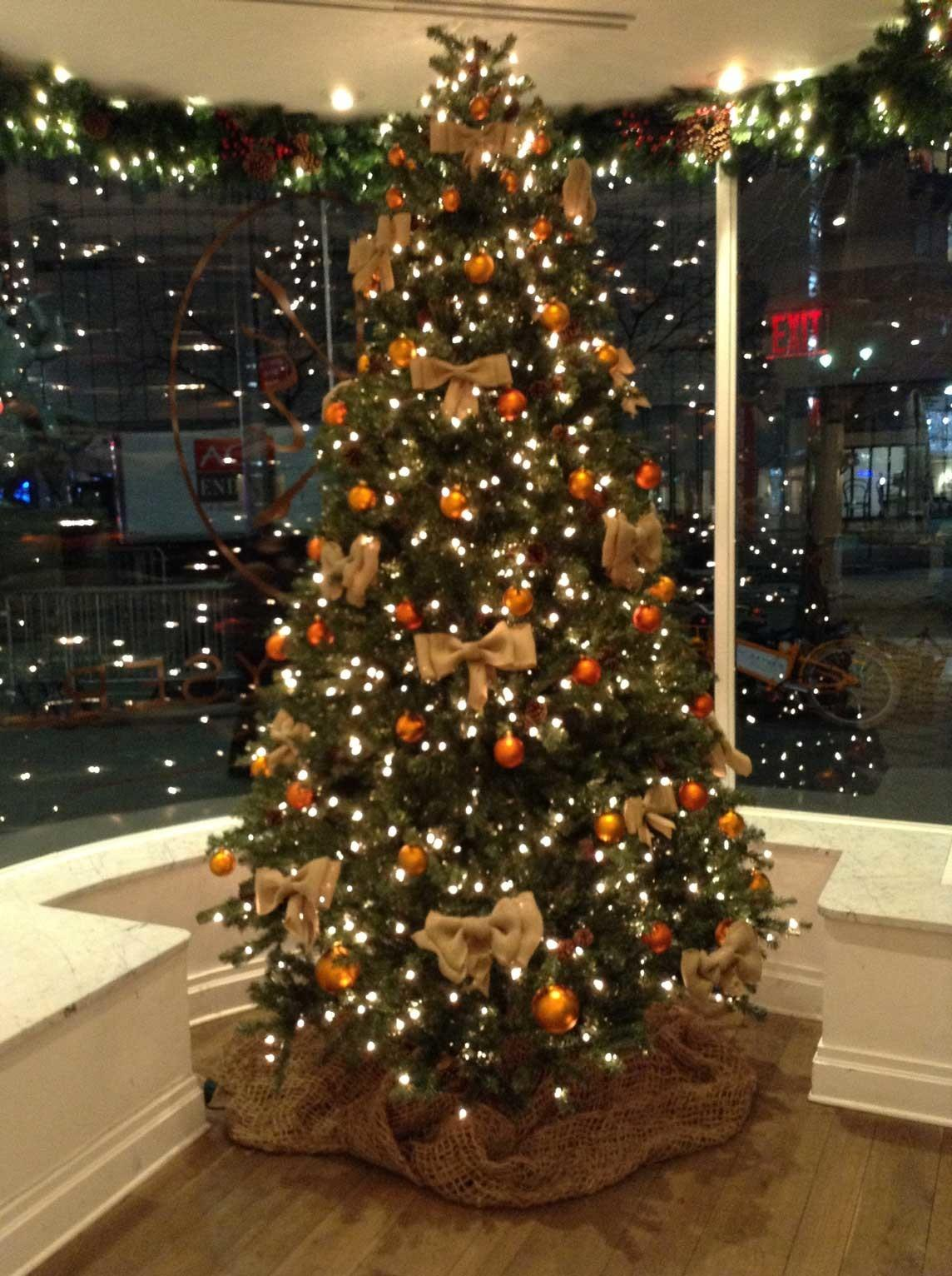 Indoor Commercial Christmas Decor Neave
