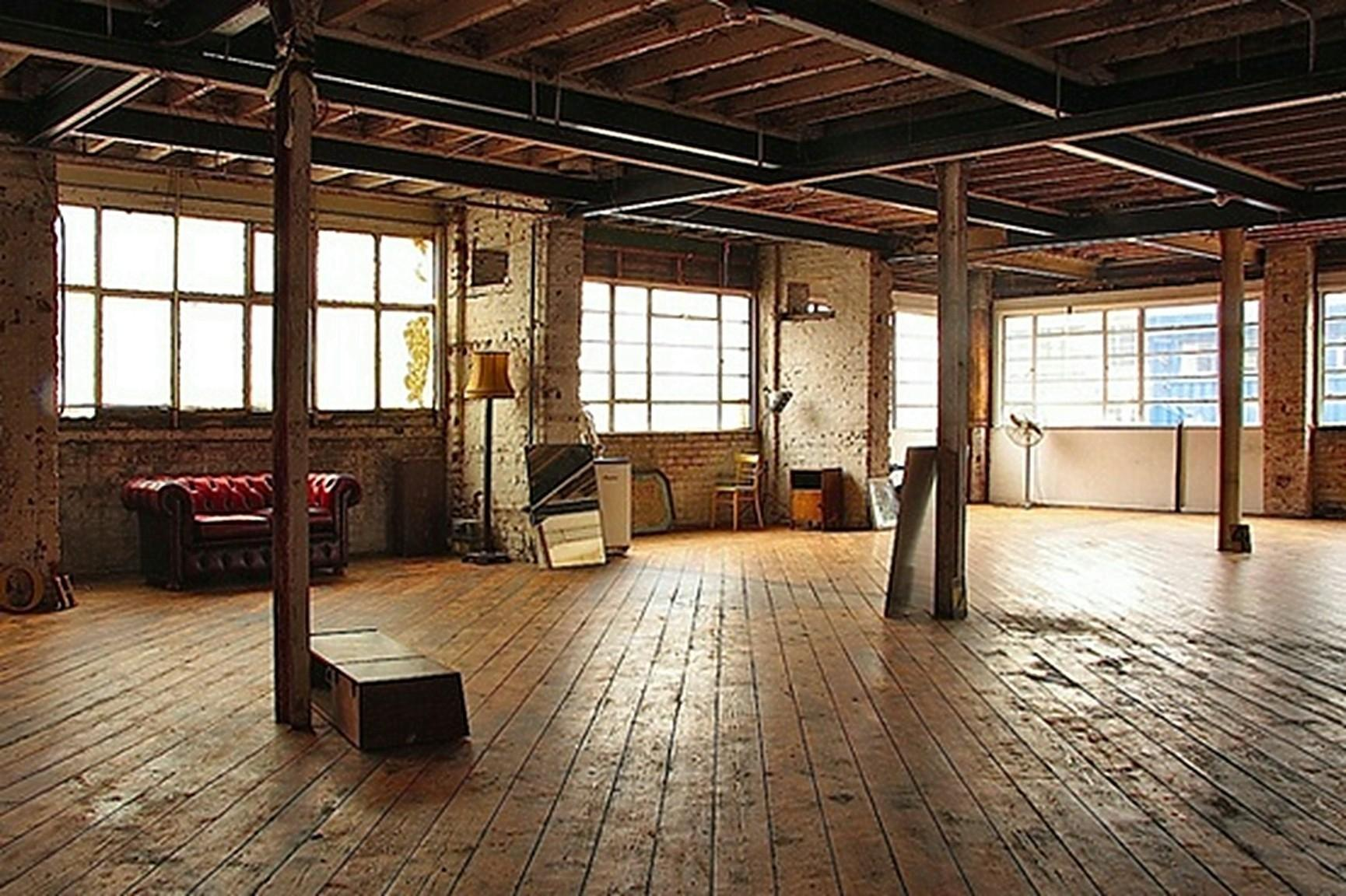 Industrial Studio Apartments Nana Workshop