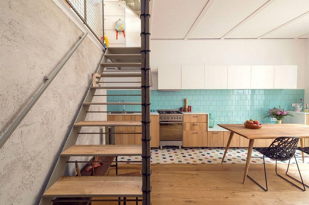 Innovative Staircase Design Takes Little Space