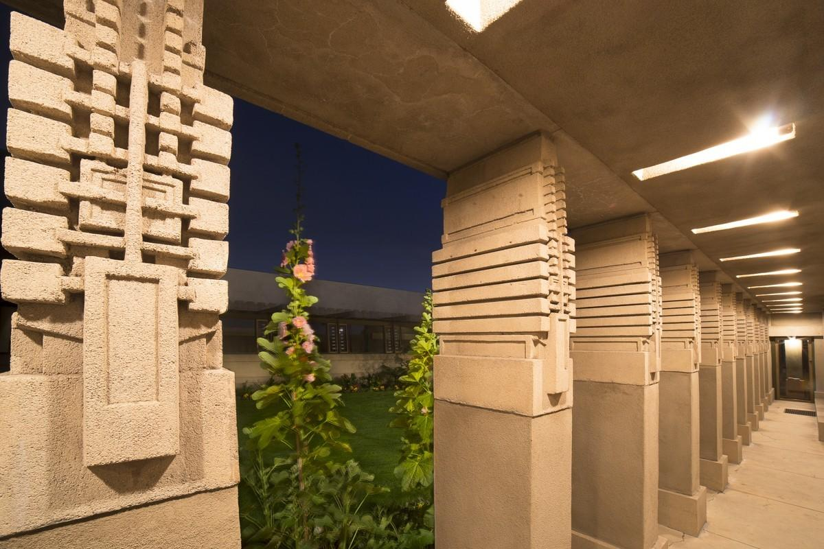 Inside Hollyhock House Designed Frank Lloyd