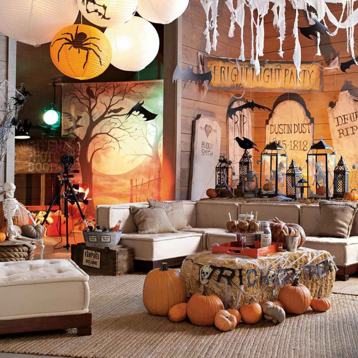 Inspiration Horizon Coastal Halloween Decor