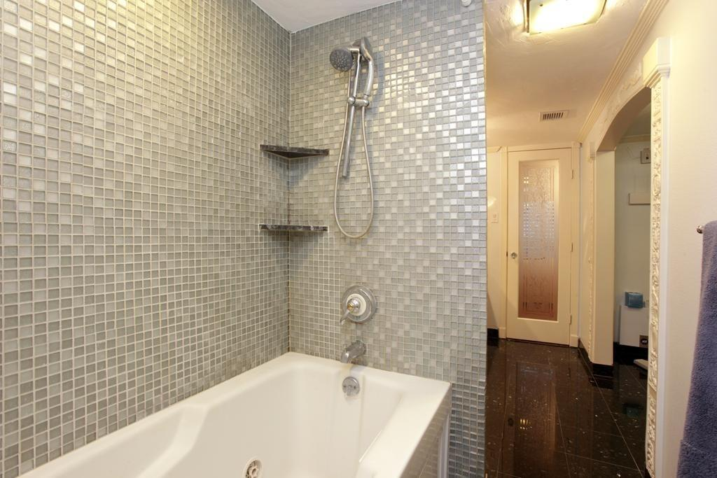 Interior Jacuzzi Tub Shower Combination Grey Bathroom