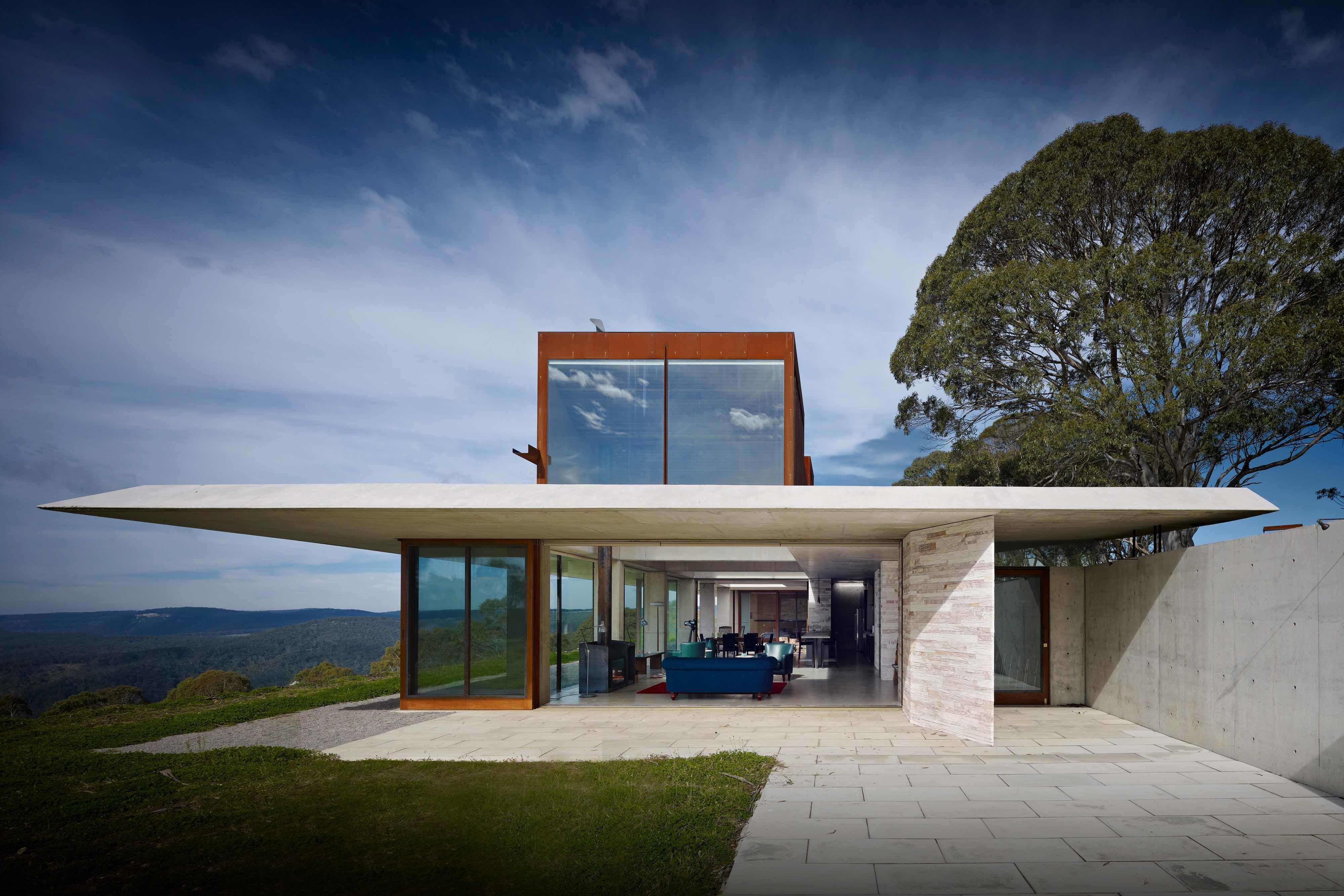Invisible House Listing Sale Modern