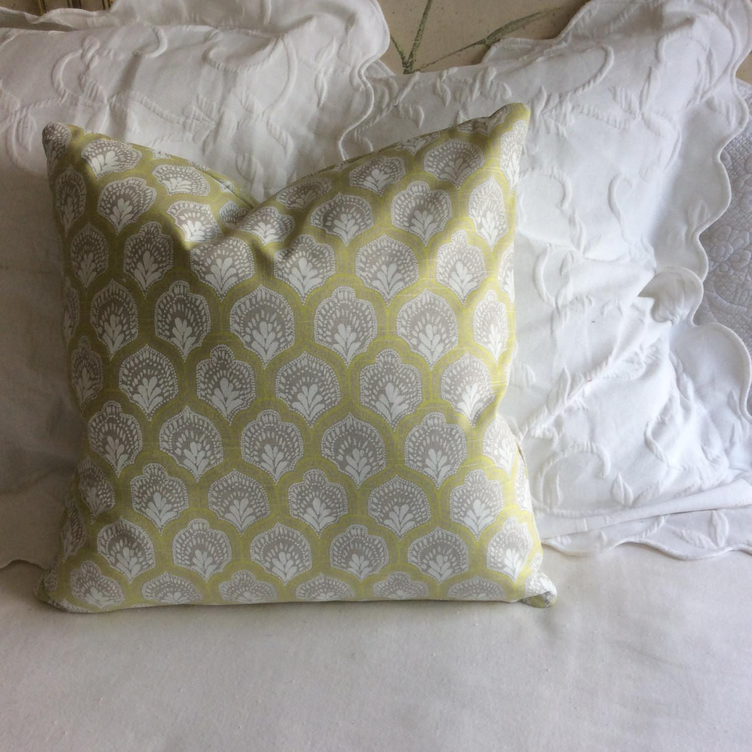 Isla Spring Decorative Pillow Cover