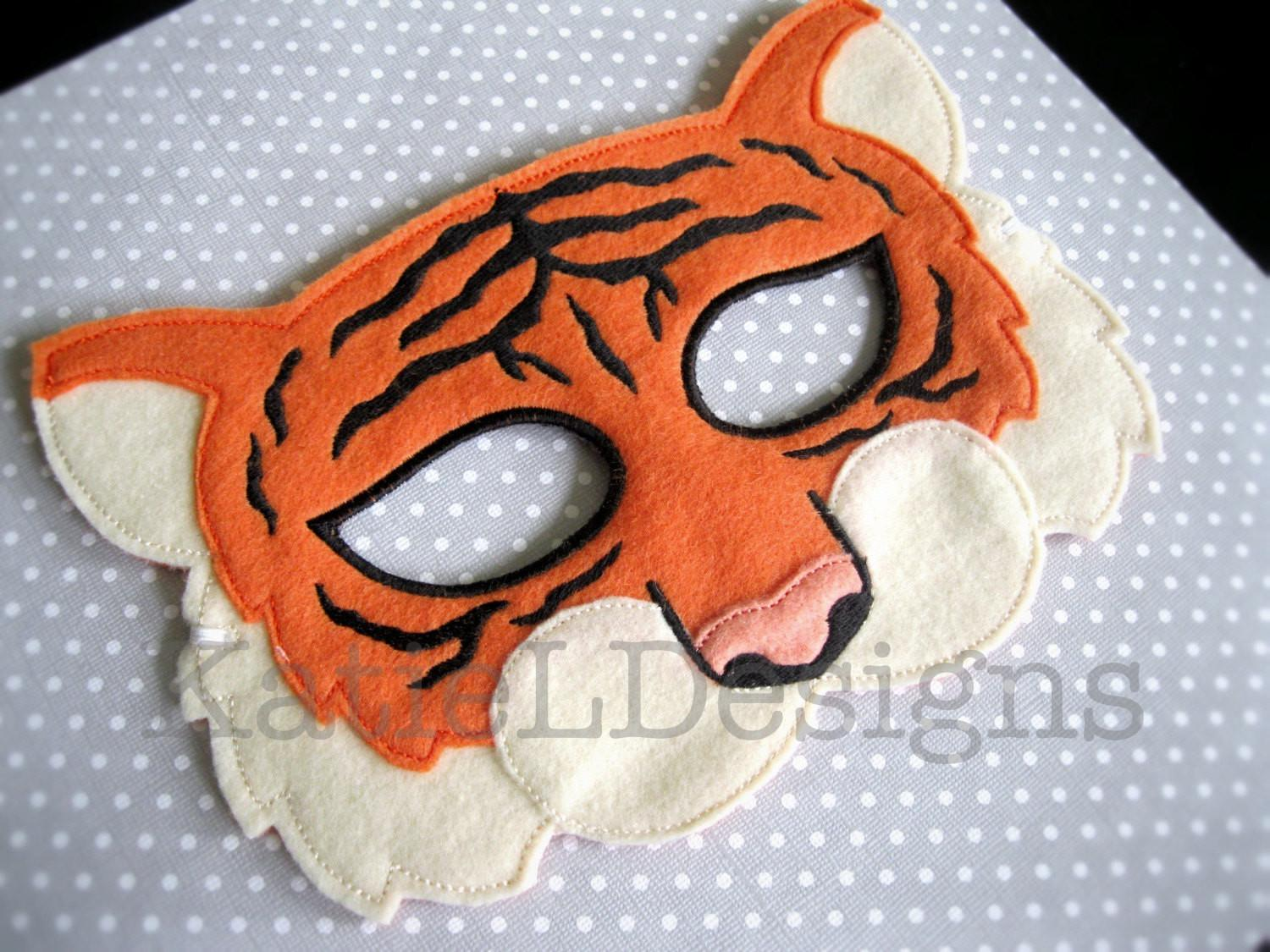 Ith Tiger Mask Digital Machine Embroidery Design