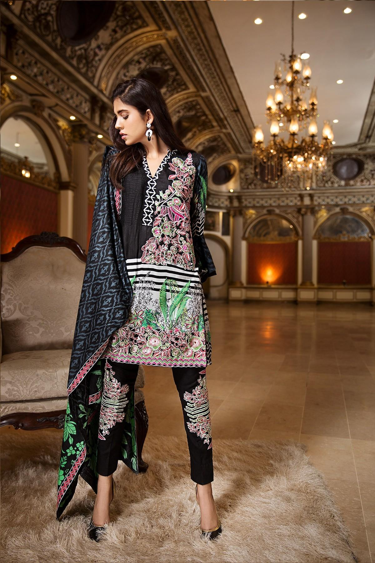 Ittehad Winter Collection 2018 Embroidered Shalwar Kameez