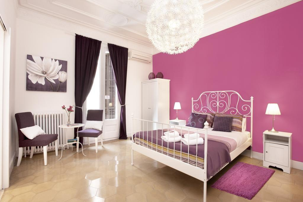Jardinets Guest House Barcelona Book Your Hotel