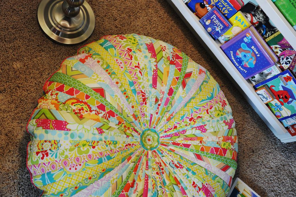 Jelly Roll Floor Cushion Livingwithpunks 2011