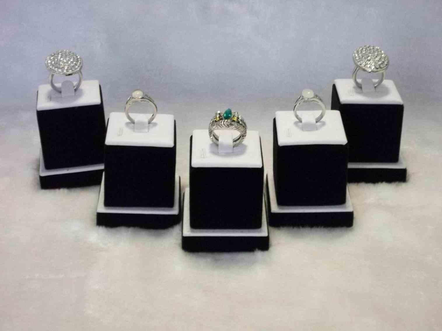 Jewelry Store Ring Display Siudy
