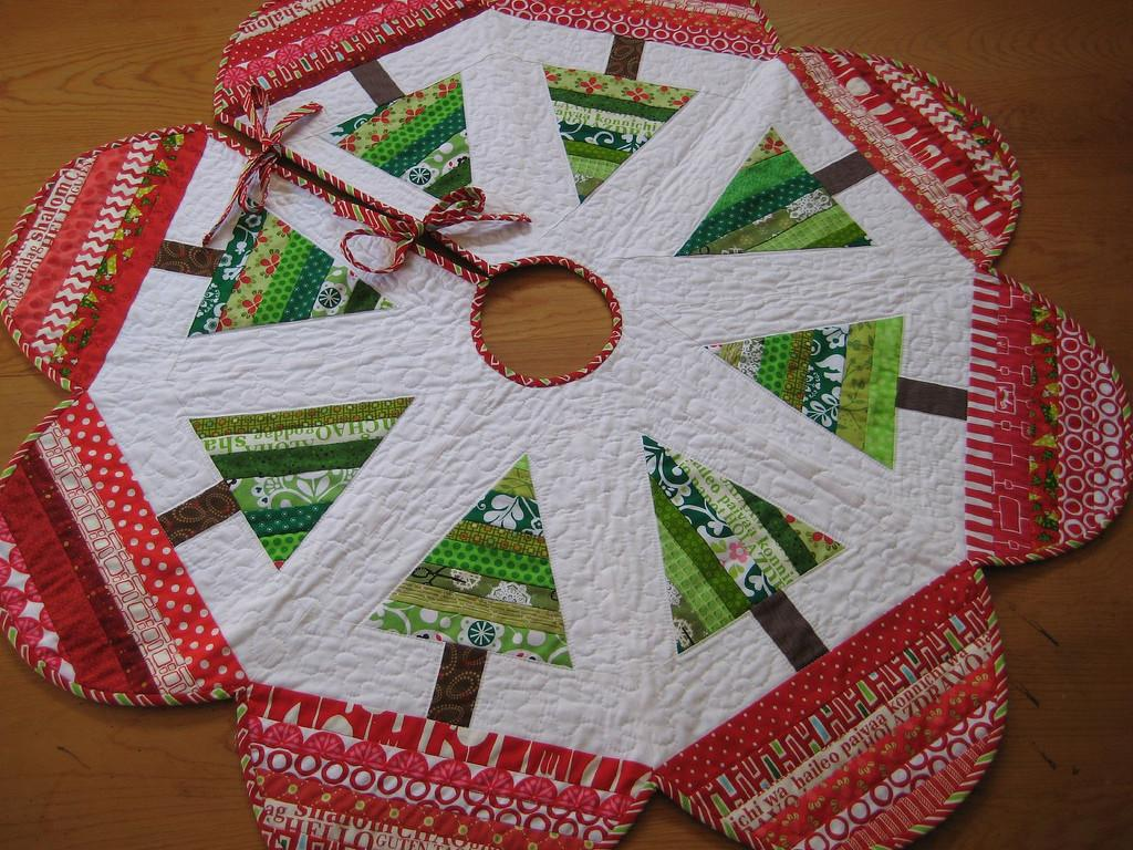 Joyful Christmas Tree Skirt Pattern Carol